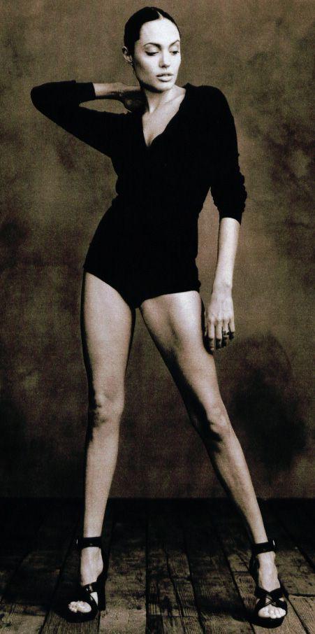 Jolie'nin şok pozları - 56